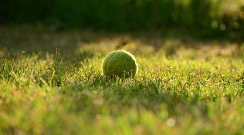 tennisanlæg